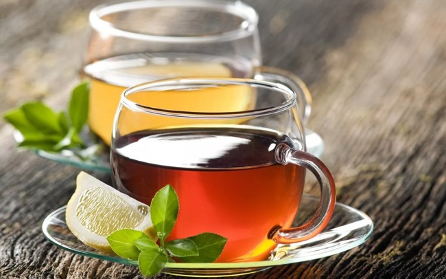 zielona i czarna herbata