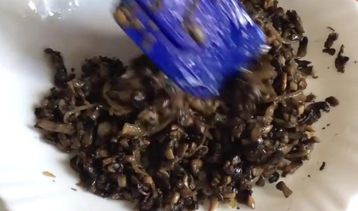Kotlety grzybowe z pieczarkami