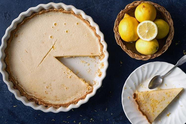 Ciasto cytrynowe z kremowym nadzieniem - przepisy kulinarne