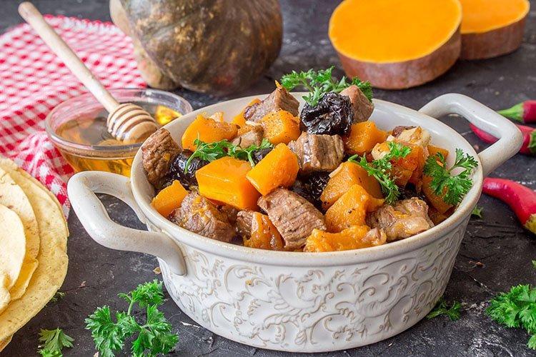 Mięso z kurczaka z dynią - przepisy kulinarne