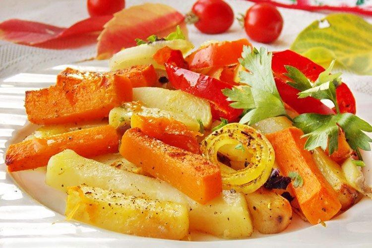 Pieczona dynia z ziemniakami - przepisy kulinarne