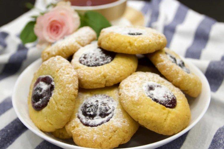 Ciasteczka z dżemem - domowe ciasteczka proste i pyszne przepisy