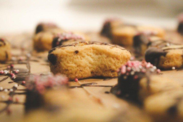 Ciasteczka mleczne - domowe ciasteczka proste i pyszne przepisy
