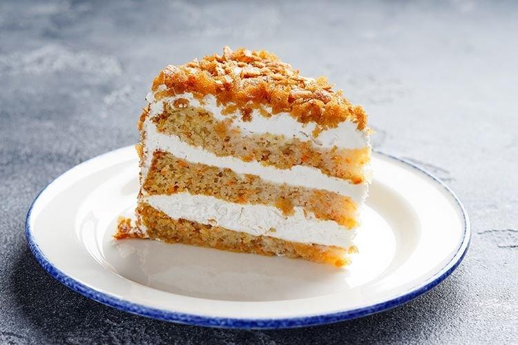 Klasyczne ciasto marchewkowe w piekarniku - przepisy kulinarne