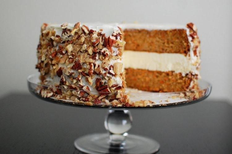 Ciasto marchewkowe bez jajek - przepisy kulinarne