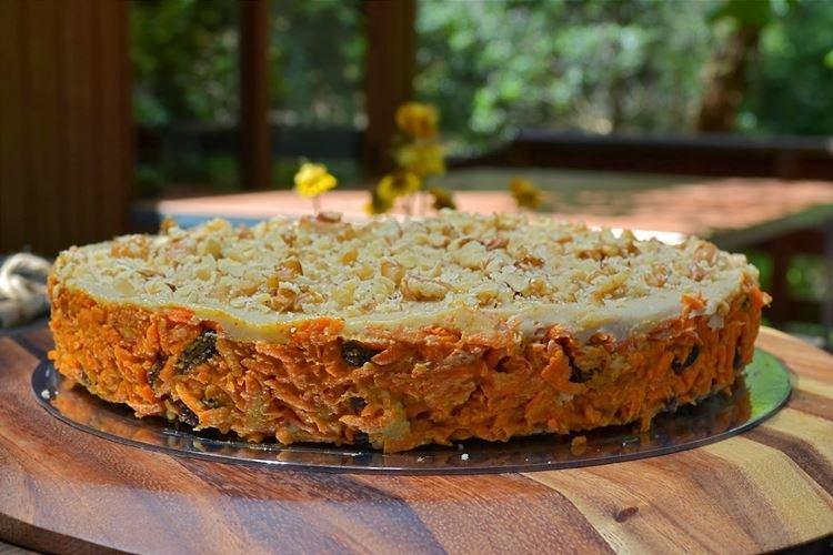 Ciasto marchewkowe bez pieczenia - przepisy kulinarne
